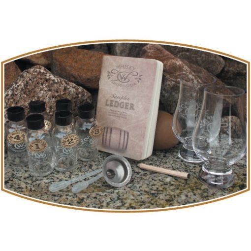 Canvas Whisky Travel Kit On Rocks
